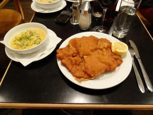 Pöschl est le meilleur endroit pour déguster un Wiener Schnitzel.